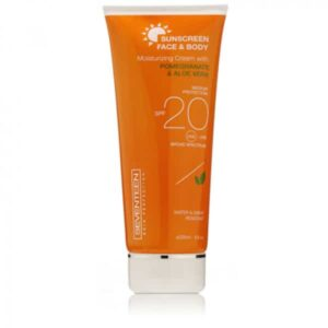 Seventeen Face & Body SPF20 200ml